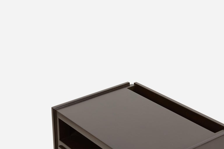 Dunbar Nightstands by Edward Wormley For Sale 1
