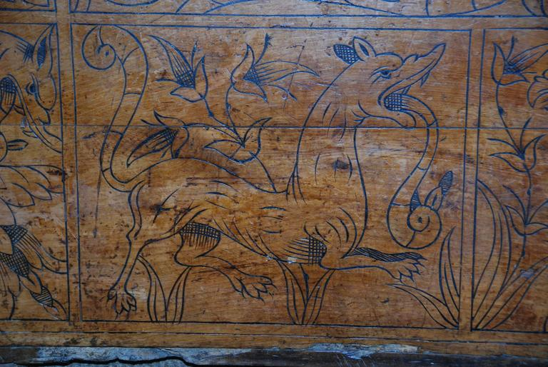 17th Century Carved Renaissance Portuguese Coffer In Good Condition For Sale In Encinitas, CA