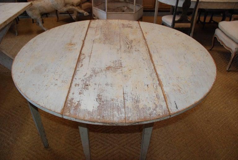 Early 19th Century, Swedish, Drop-Leaf Farm Table For Sale 1