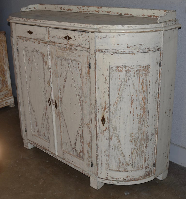 Early 19th Century Swedish Four Door Demilune Gustavian Cupboard For Sale 2