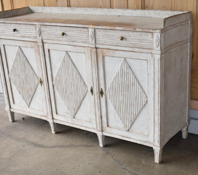 Gustavian Early 19th Century Swedish Sideboard For Sale
