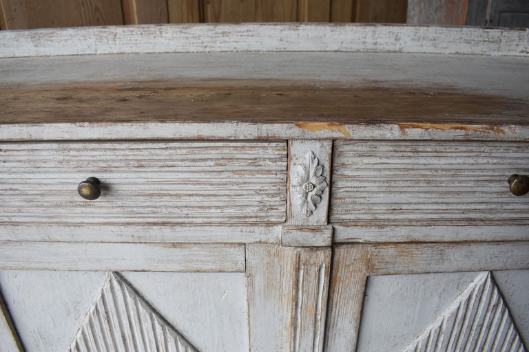 Early 19th Century Swedish Sideboard For Sale 7