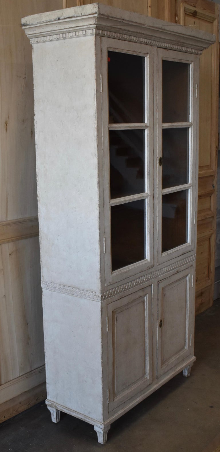 19th Century Swedish Carved Bookcase For Sale 1