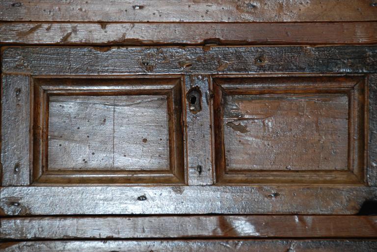 17th Century Spanish Chestnut Cupboard For Sale 4