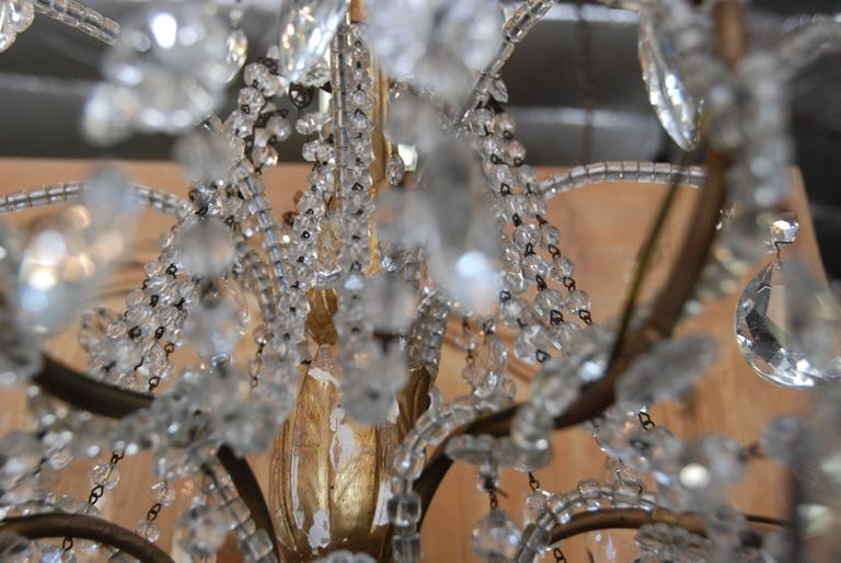 19th Century Italian Crystal and Gilded Wood Chandelier For Sale 4