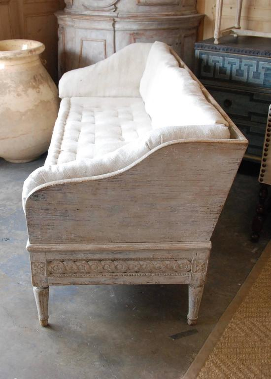 Rococo 18th Century Swedish Trag Sofa For Sale