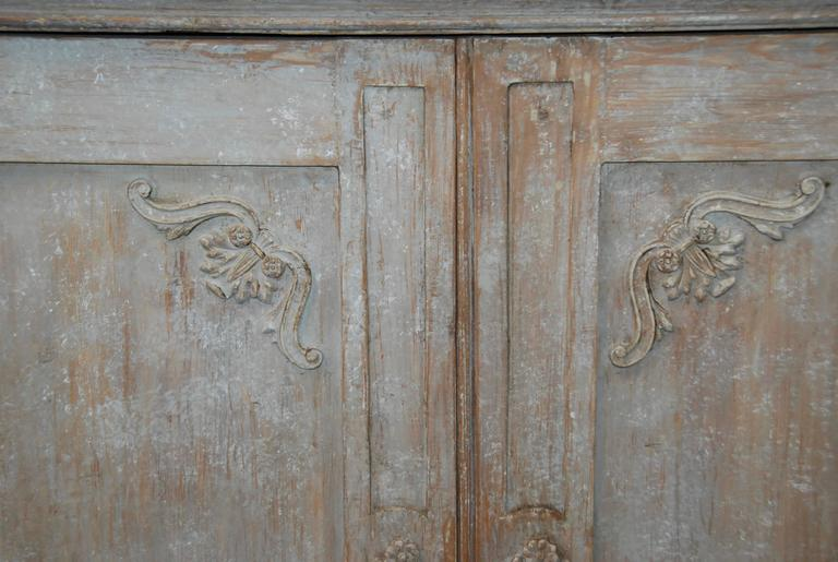 19th Century Swedish Carved Sideboard For Sale 1