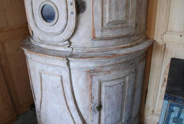 18th Century Swedish Demi lune Clock Cupboard For Sale 6