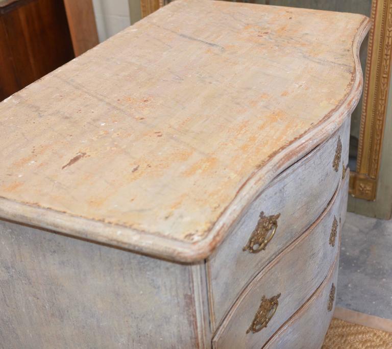 18th Century Swedish Rococo Commode For Sale 2
