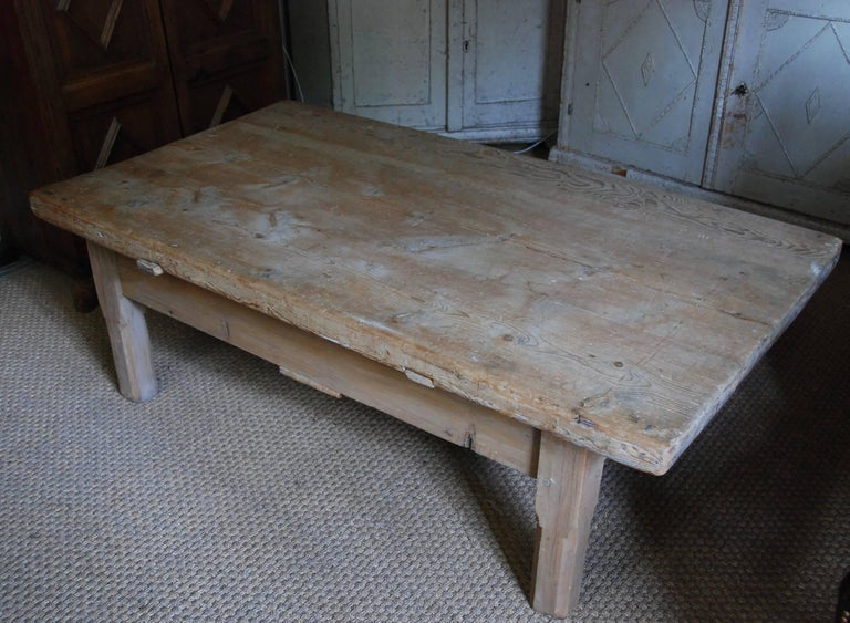 18th Century Swedish Coffee Table For Sale 4