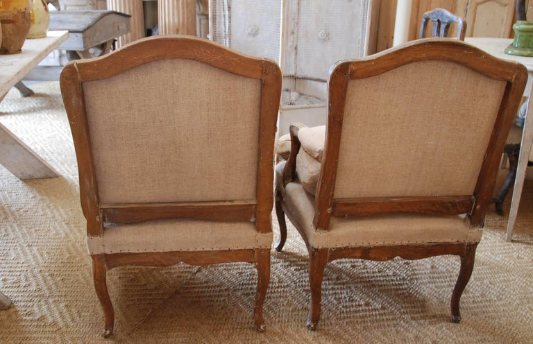 Pair of 19th Century French Bergère Chairs In Excellent Condition For Sale In Encinitas, CA