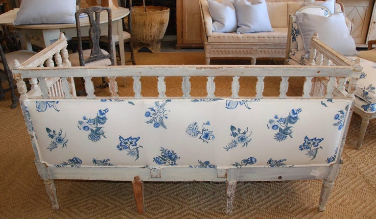 18th Century Period Swedish Gustavian Sofa For Sale 4