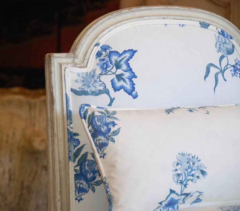 Early 19th Century French Painted Chaise In Excellent Condition For Sale In Encinitas, CA