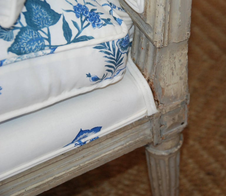 Early 19th Century French Painted Chaise For Sale 4