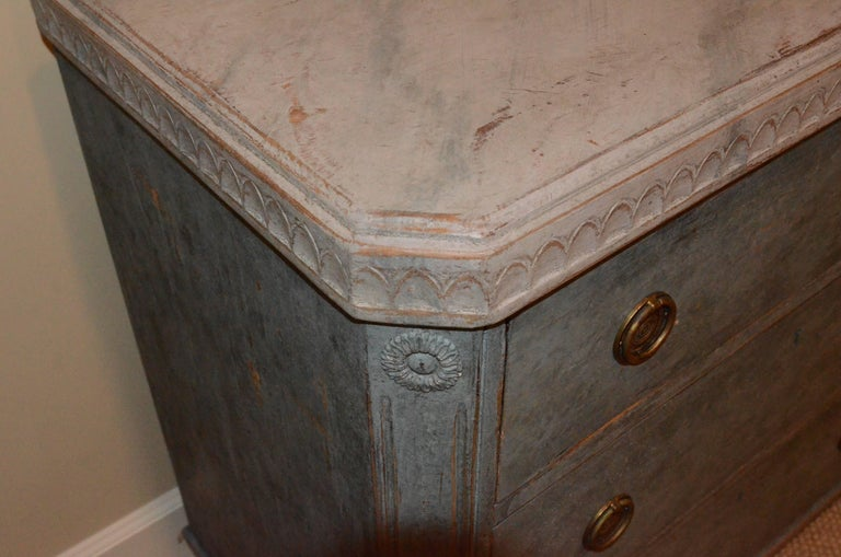 Pair of 19th Century Swedish Gustavian Painted Chests For Sale 7
