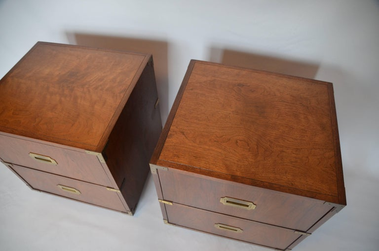 Mid-Century Modern Pair of Baker Campaign Style Nightstands For Sale