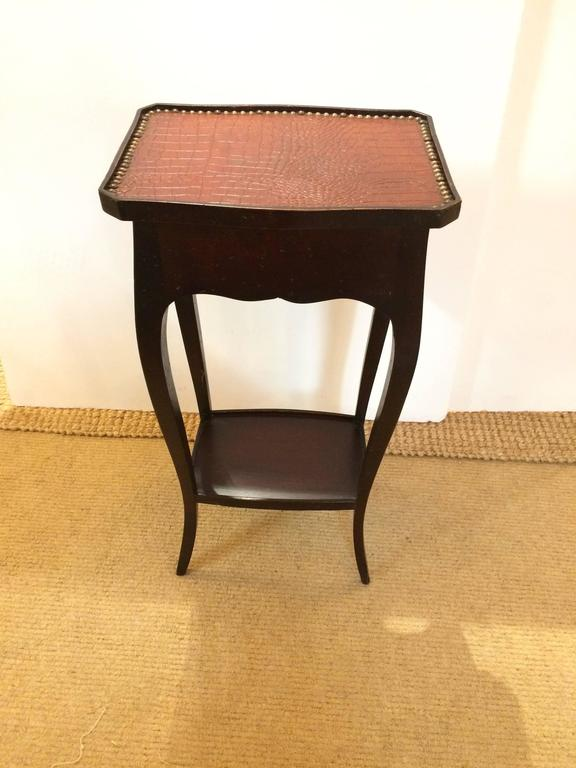Handsome Faux Alligator and Ebonized Walnut Side Table End Table For Sale 1