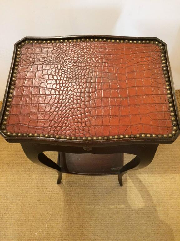 Italian Handsome Faux Alligator and Ebonized Walnut Side Table End Table For Sale