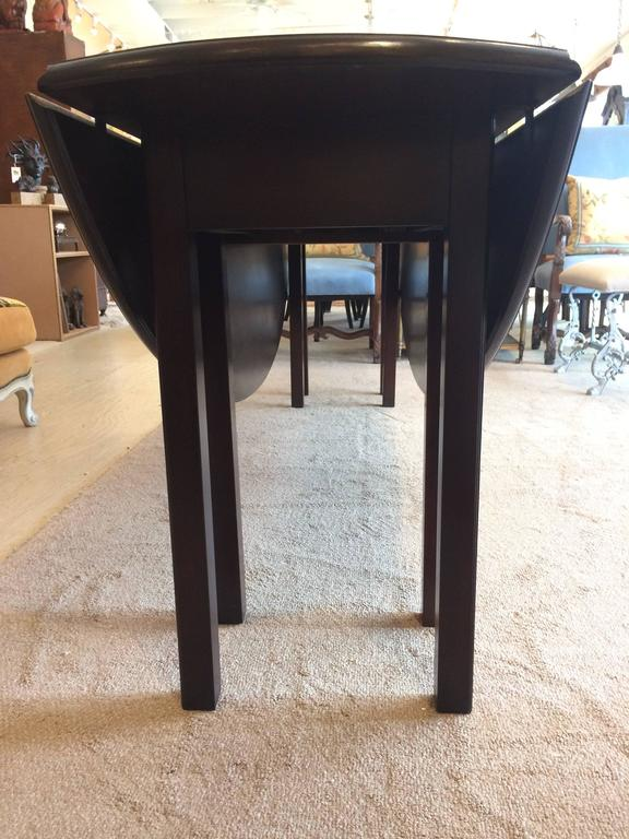 Stunning Large Mahogany Georgian Style Gate Leg Dining Table For Sale 3