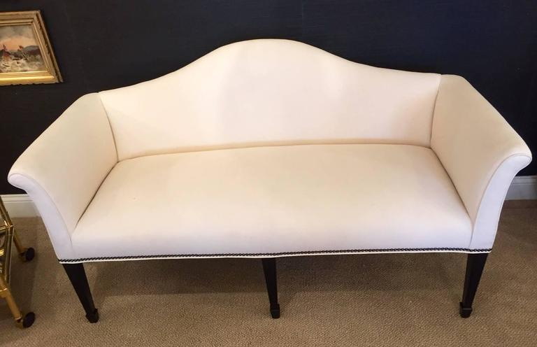 Mid-20th Century Sophisticated Mid-Century Tailored Settee Loveseat For Sale
