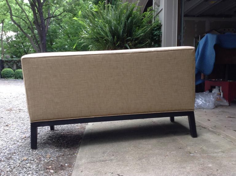 Mid-Century Modern Sophisticated Mid-Century Armless Sofa with Ebonized Legs For Sale