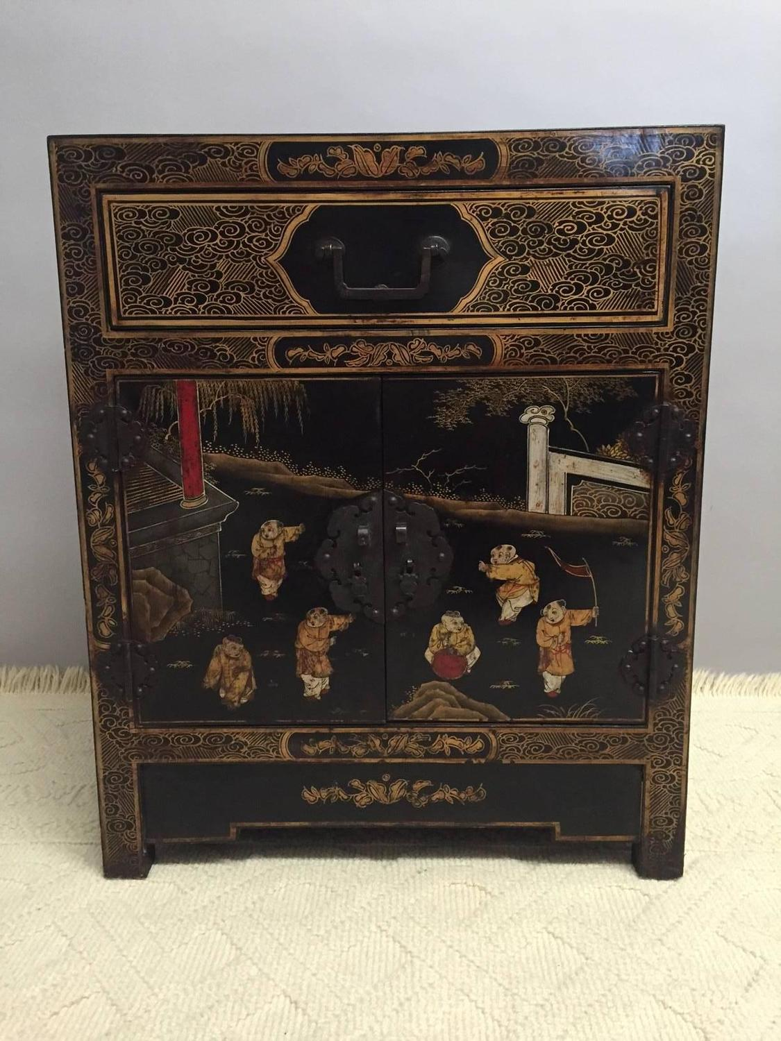 Splendid pair of chinese hand painted black laquer chests for Hand painted chests