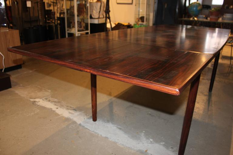Vintage Rosewood Dining Table With Extendable Leaves At