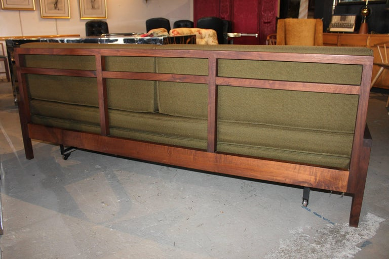 Mid-Century Modern Daybed Sofa In Excellent Condition For Sale In Hudson, NY
