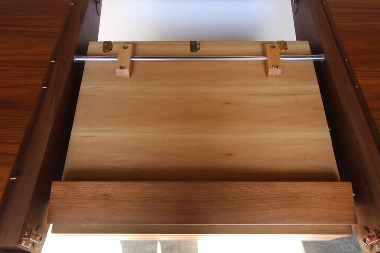 Hand-Crafted Italian Contemporary Walnut Extendable Dining Table For Sale