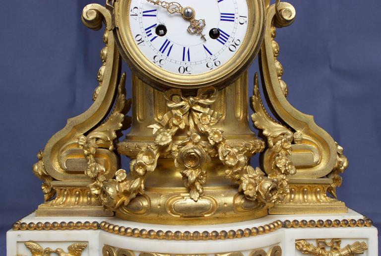 French Louis XVI Figural Clock in Chased and Gilt Bronze For Sale 1
