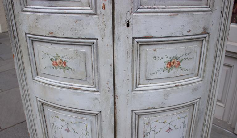 19th Century French Painted Corner Cabinet For Sale 1