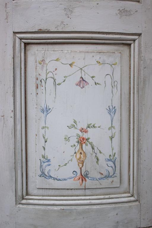 19th Century French Painted Corner Cabinet For Sale 3