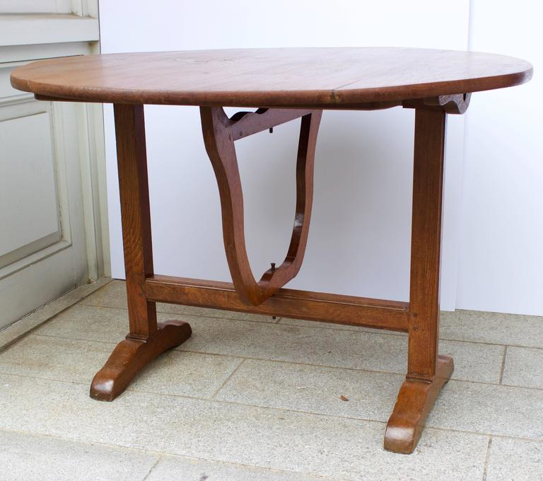 Hand-Crafted Early 19th Century French Lyre Base Wine Table For Sale