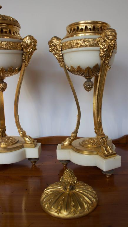 Gilt Pair of Early 19th Century French Incense Burners Louis XVI Style For Sale