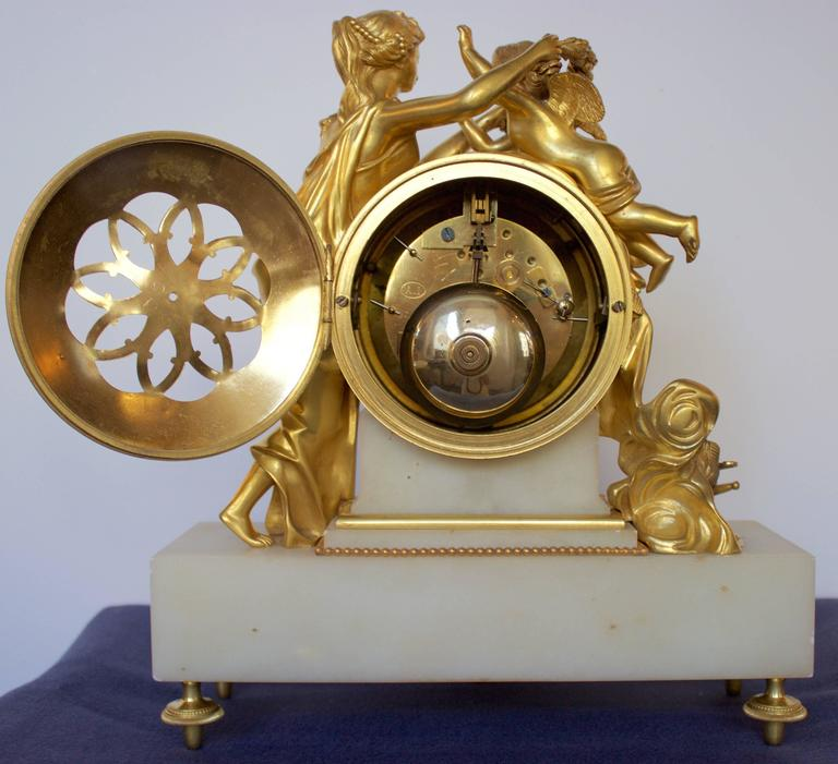 French 19th Century Gilt Bronze and Marble Mantel Clock of Psyche and Eros For Sale 1