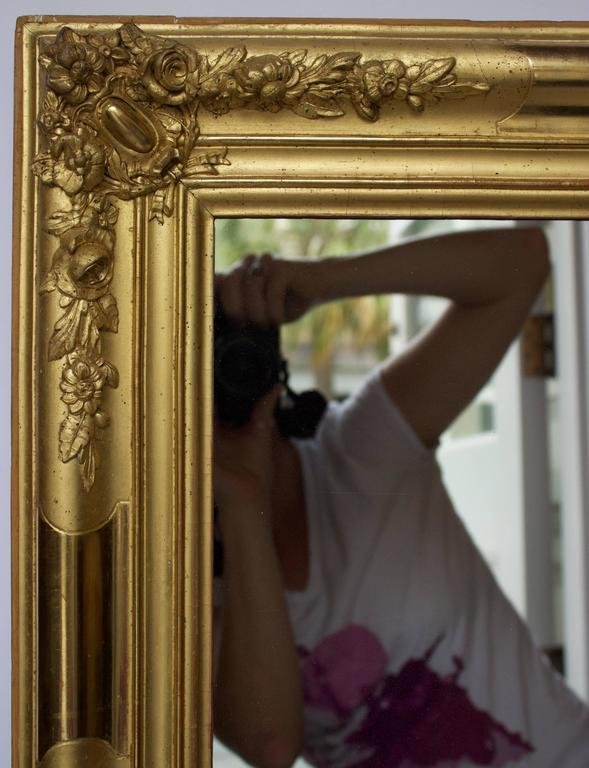 Restauration Early 19th Century French Giltwood Mirror For Sale