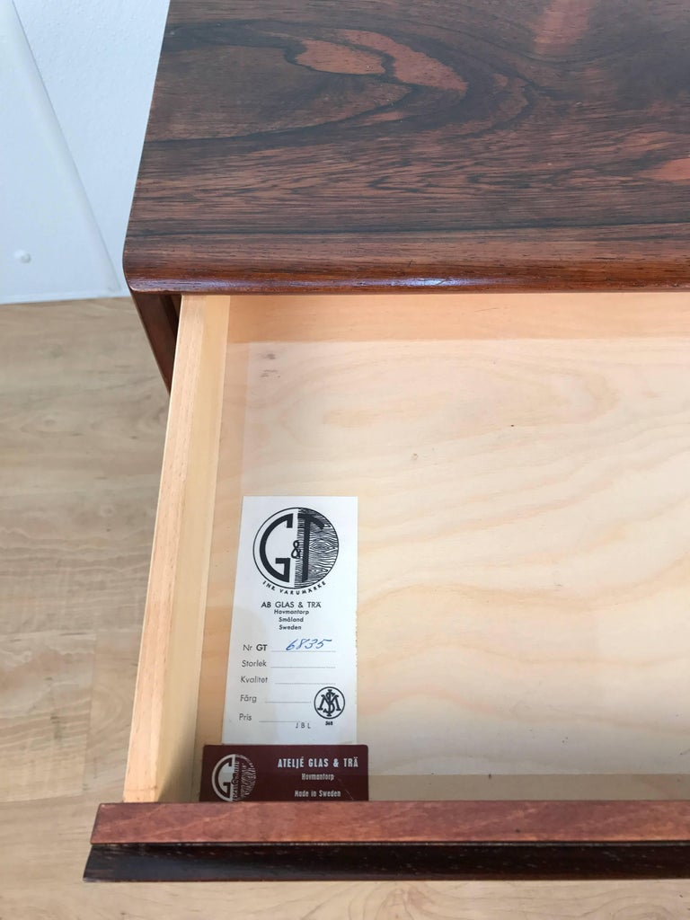 Sculptural AB Glas and Trä Rosewood Chest For Sale 2