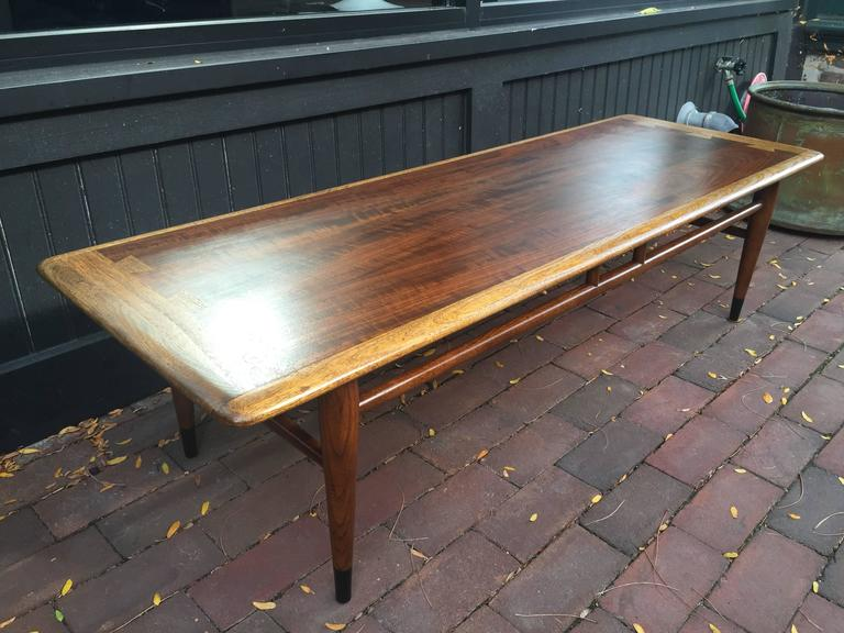 Lane Dovetail Inlaid Coffee Table For Sale At 1stdibs