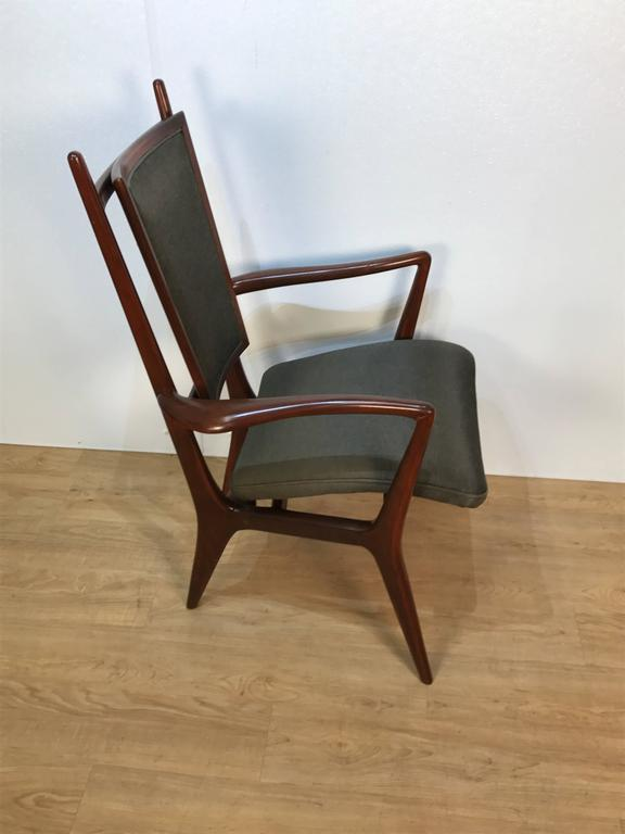 Mid-Century Modern Four Vladimir Kagan Dining Chairs For Sale