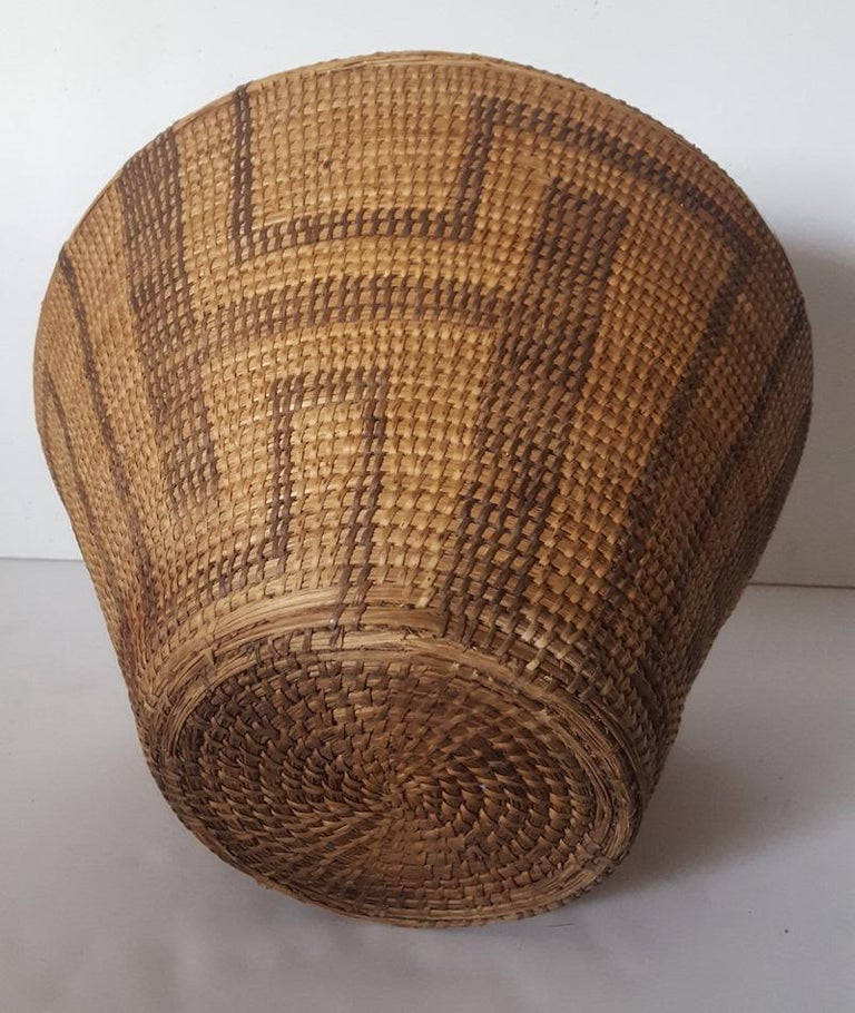 Natural Fiber 19th Century, Large Pima-Papago Native American Basket For Sale