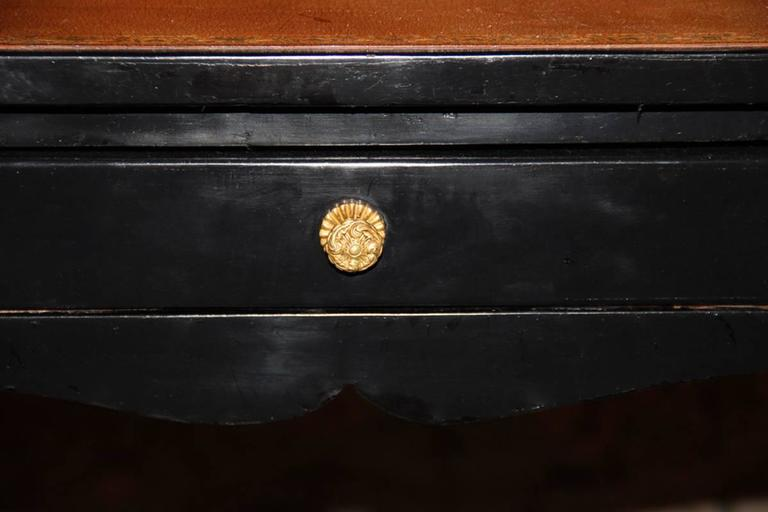 18th Century Louis XV Black Lacquered Side Table 7