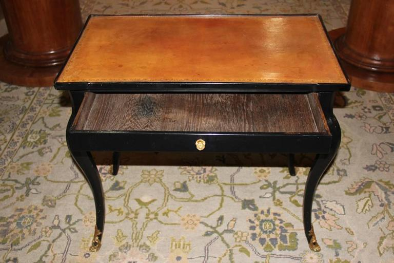 18th Century Louis XV Black Lacquered Side Table 2