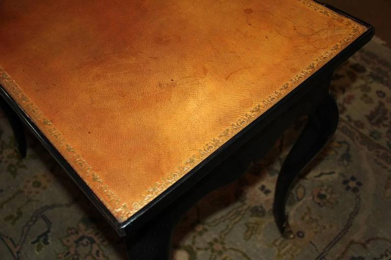 18th Century Louis XV Black Lacquered Side Table 10