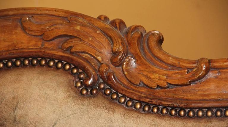 18th Century Italian Walnut Canape 2