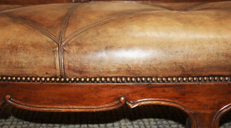 18th Century Italian Walnut Canape 5
