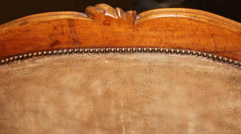 18th Century Italian Walnut Canape 7