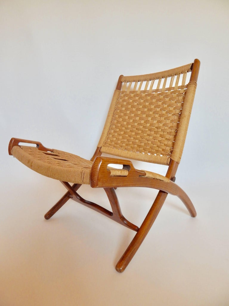 Mid Century Hans Wegner Style Woven Folding Chair With