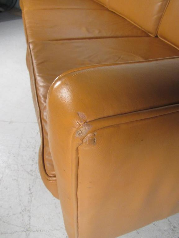Scandinavian Modern Leather Sofa after Børge Mogensen For Sale 2
