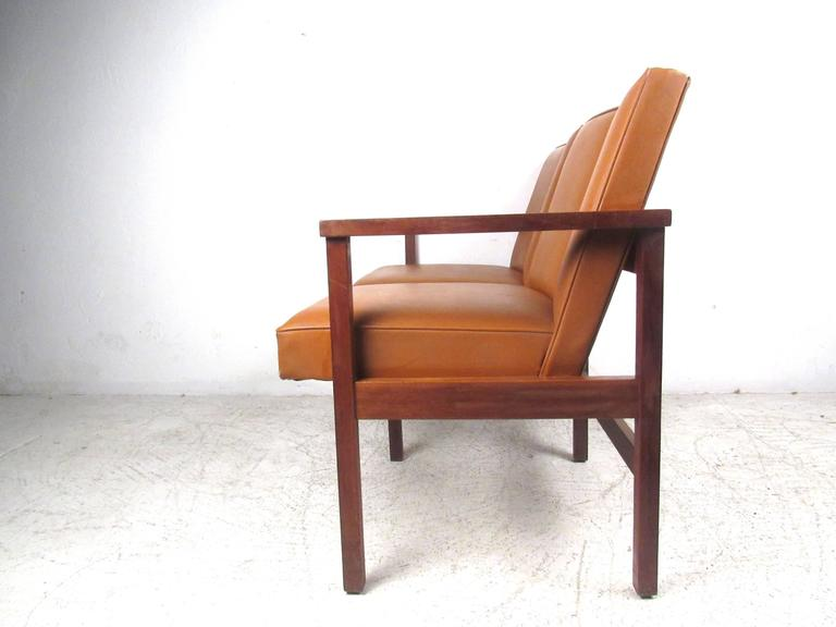 Mid-Century Modern Vinyl and Walnut Settee For Sale 1