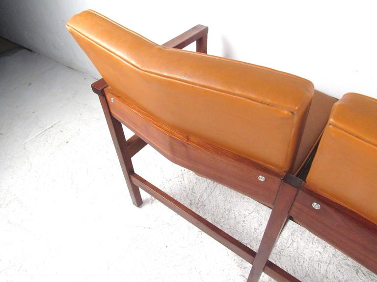 Mid-Century Modern Vinyl and Walnut Settee For Sale 3